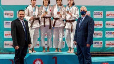 Büyükşehir Kağıtspor'un yıldız judocuları katıldıkları şampiyonadan başarılar ile döndüler.