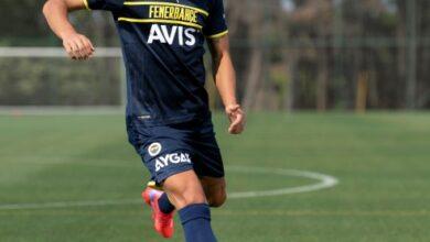 PUMA, Fenerbahçe'nin üçüncü formasını tanıttı