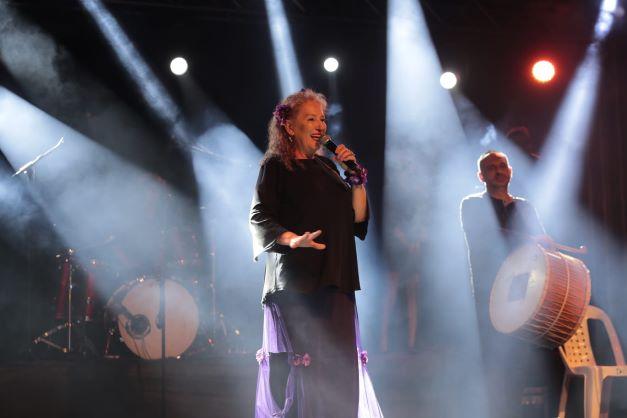 İzmit Kadın Festivali'nde finali Suzan Kardeş yaptı