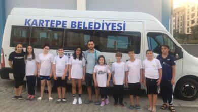 Kartepeli Yüzücüler Türkiye Şampiyonası'na katılmaya kazandı