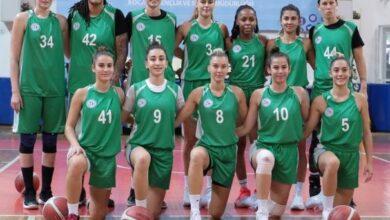 İzmit Belediyespor Kadın Basketbol Takımı